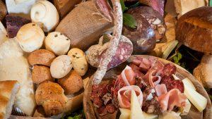 Casale Rosa cucina con prodotti tipici a Latina
